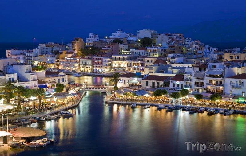 Fotka, Foto Agios Nikolaos v noci (Kréta, Řecko)