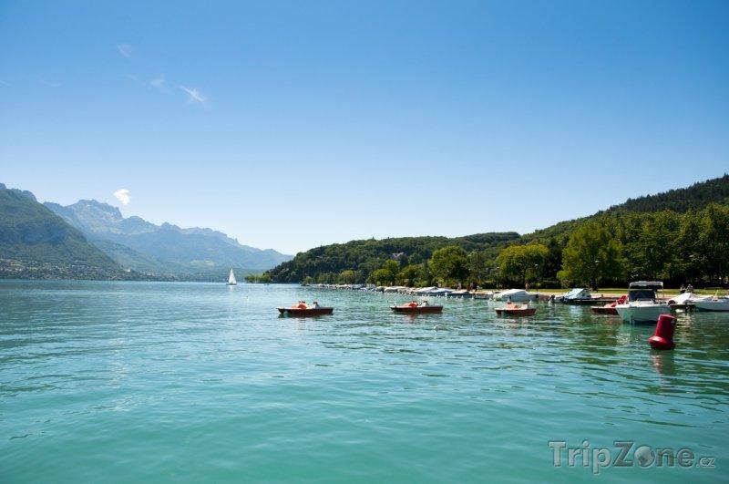 Fotka, Foto Annecy, Lac d'Annecy (Francouzské Alpy, Francie)