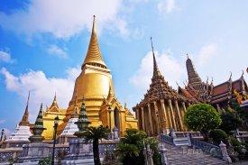 Bangkok, stúpa Phra Sri Ratana Chedi, součást Phra Borom Maha Ra