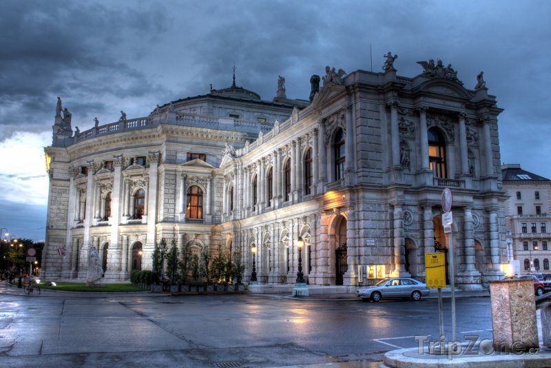 Fotka, Foto Burgtheater (Vídeň, Rakousko)