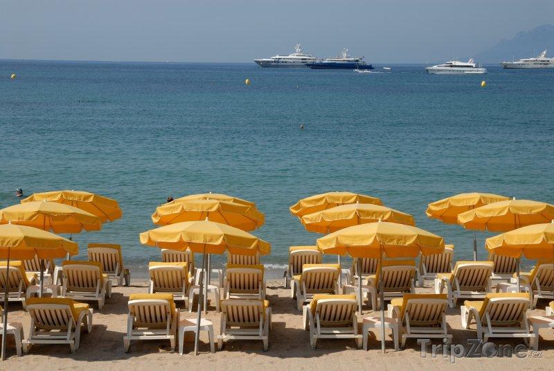 Fotka, Foto Cannes, pláž (Azurové pobřeží, Francie)