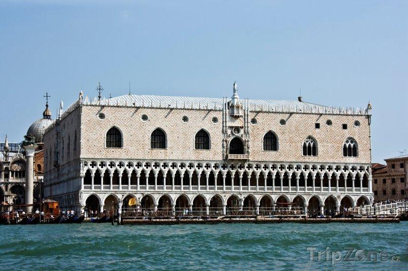 Fotka, Foto Dóžecí palác (Benátky, Itálie)