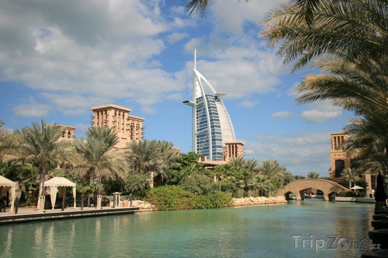 Fotka, Foto Dubaj, hotel Burj al-Arab (Spojené arabské emiráty)