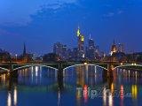 Frankfurt v noci