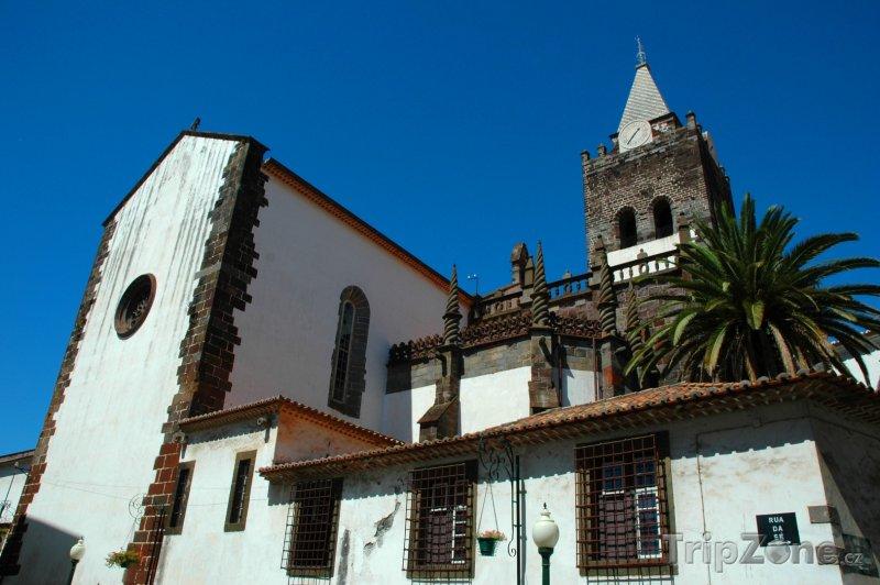 Fotka, Foto Funchal, kostel (Madeira, Portugalsko)