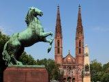 Hlavní město Hesenska Wiesbaden - St. Bonifatiuskirche