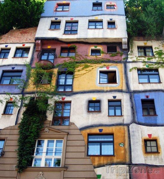 Fotka, Foto Hundertwasserhaus (Vídeň, Rakousko)