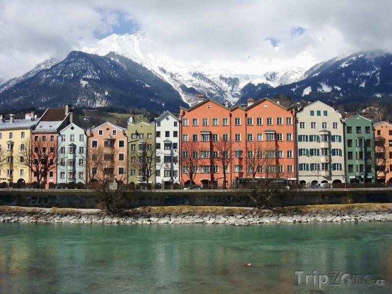 Fotka, Foto Innsbruck, domy na nábřeží (Rakousko)