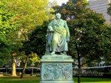 Johann Wolfgang Goethe - socha ve frankfurtském parku