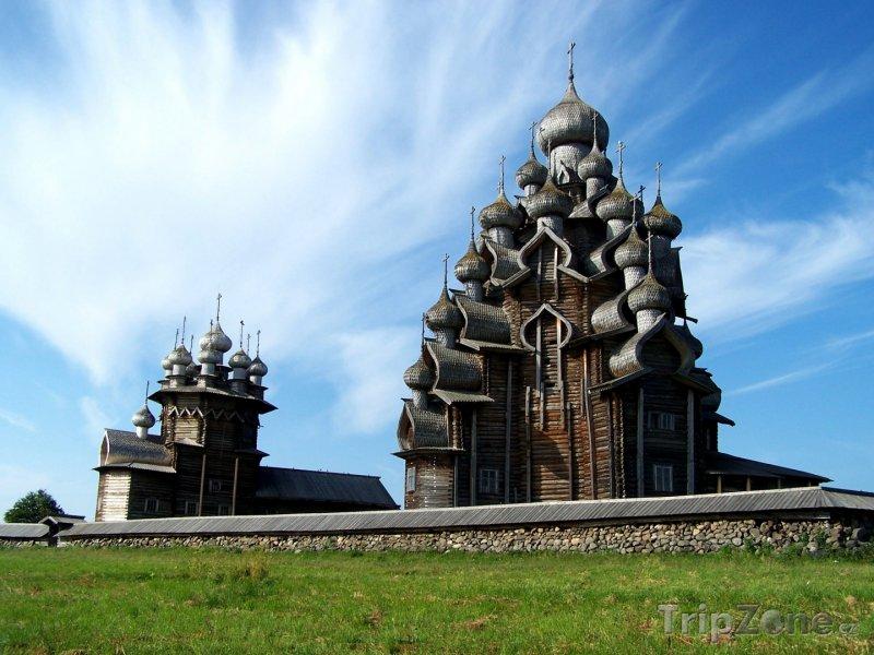 Fotka, Foto Karelské kostely na poloostrově Kiži (Rusko)