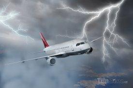 Letadlo v bouři