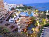 Limassol, záliv Akrotiri, hotel