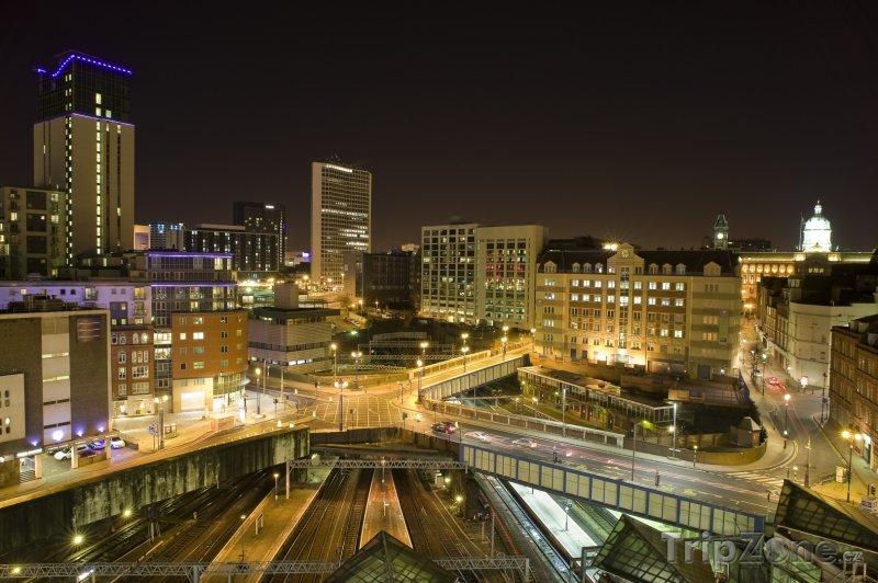 Fotka, Foto Město v noci (Birmingham, Velká Británie)