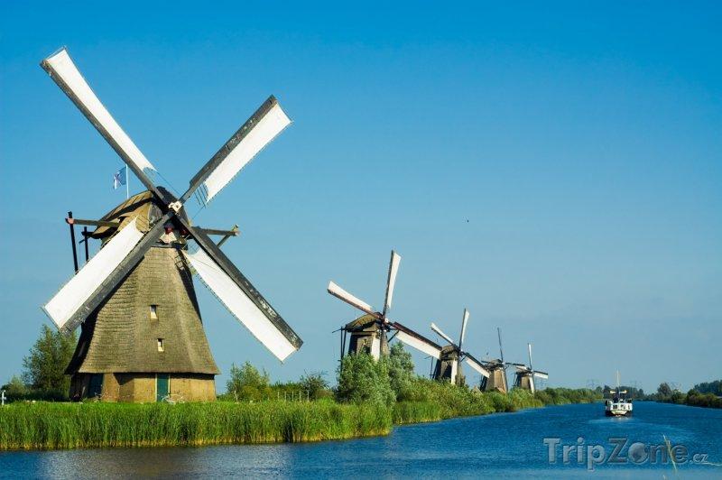 Fotka, Foto Mlýny u vesnice Kinderdijk (Nizozemsko)