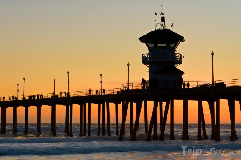 Fotka, Foto Molo při západu slunce (Los Angeles, USA)