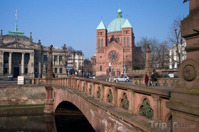 Fotka, Foto Most přes řeku Ill (Štrasburk, Francie)