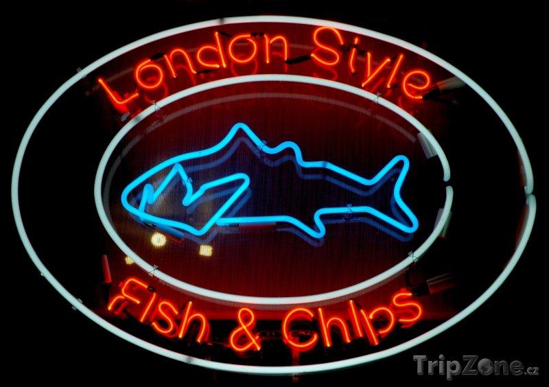 Fotka, Foto Neon lákající na Fish and Chips (Londýn, Velká Británie)