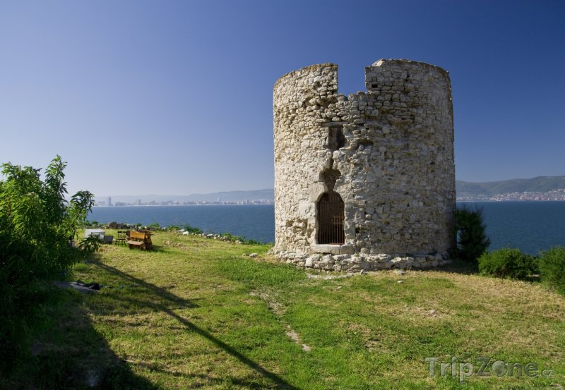 Fotka, Foto Nesebar, zřícenina (Centrální část pobřeží, Bulharsko)