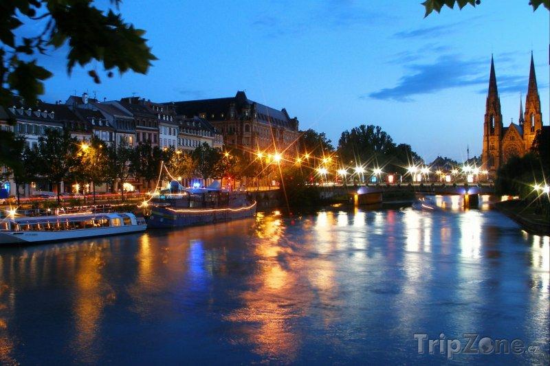 Fotka, Foto Noční Štrasburk (Štrasburk, Francie)