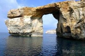 Ostrov Gozo, skaliska Azurové okno