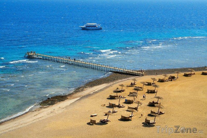 Fotka, Foto Pláž v letovisku Taba (Sinaj, Egypt)