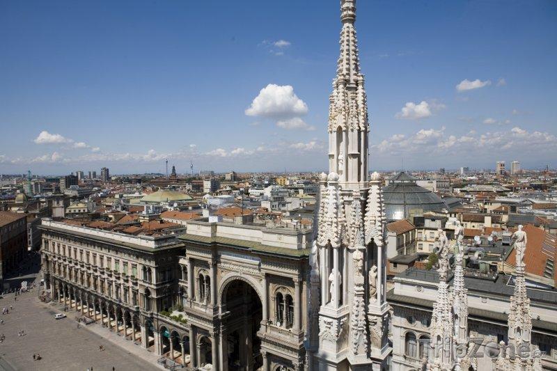 Fotka, Foto Pohled z Duomo di Milano (Milán, Itálie)