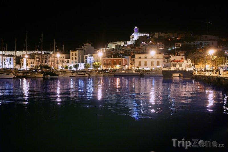 Fotka, Foto Přístav v noci (Ibiza, Španělsko)