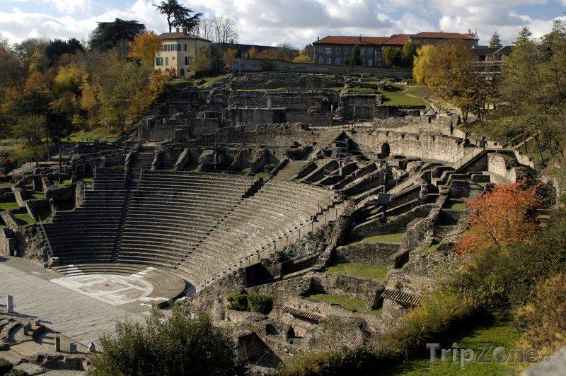 Fotka, Foto Římské divadlo ve čtvrti Fourvière (Lyon, Francie)