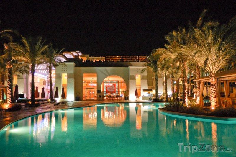 Fotka, Foto Sharm El Sheikh, hotel v noci (Sinaj, Egypt)