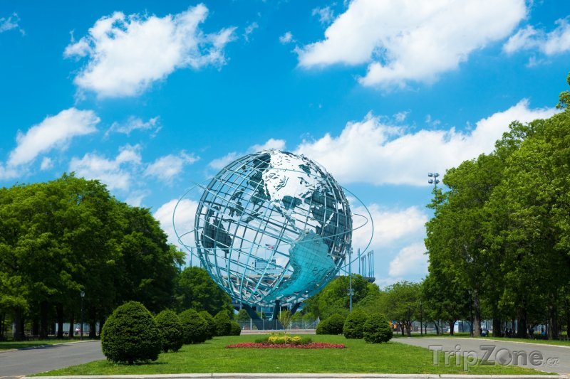 Fotka, Foto Socha Unisphere ve Flushing Meadows – Corona Park (New York, USA)