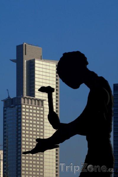 Fotka, Foto Socha Working Man ve Frankfurtu (Frankfurt, Německo)