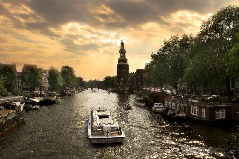 Fotka, Foto Soumrak nad kanálem (Amsterdam, Nizozemsko)