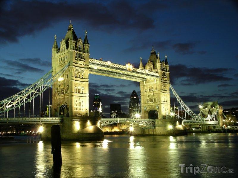 Fotka, Foto Tower Bridge v noci (Londýn, Velká Británie)