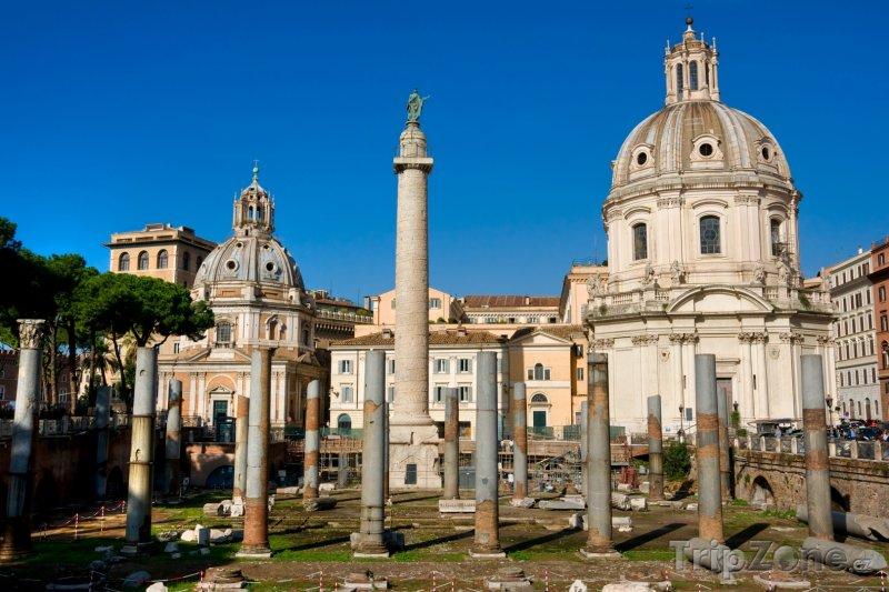 Fotka, Foto Trajánův sloup (Řím, Itálie)