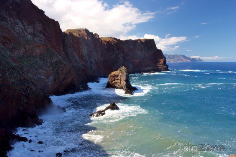 Fotka, Foto Útesy u východního pobřeží Madeiry (Madeira, Portugalsko)