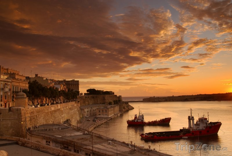 Fotka, Foto Valletta, město za rozbřesku (Malta)