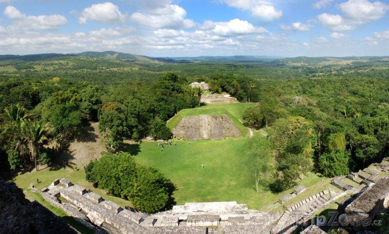 Fotka, Foto Archeologické naleziště Xunantunich (Stone Lady) (Belize)