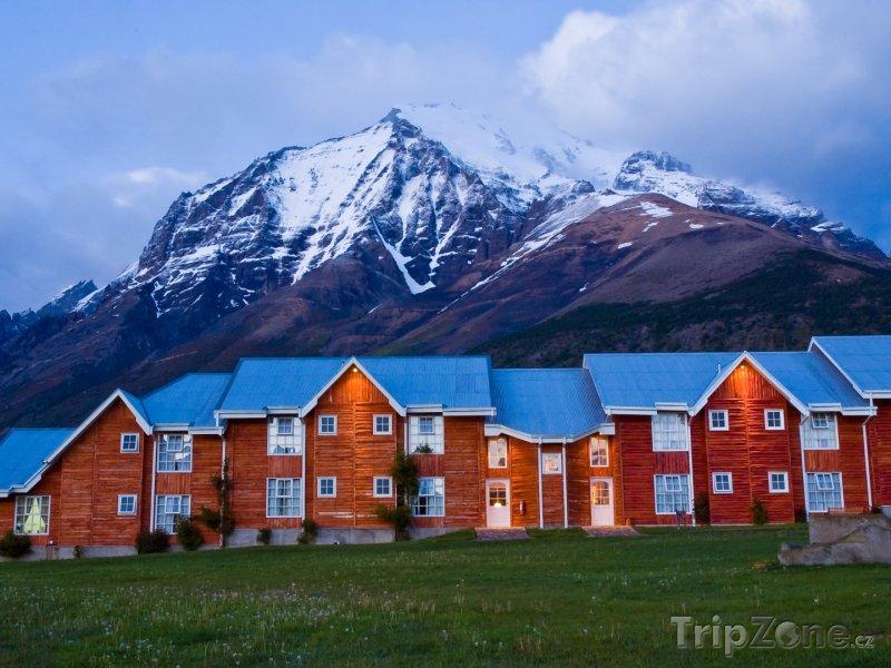 Fotka, Foto Domy v Národním parku Torres del Paine v Patagonii (Chile)