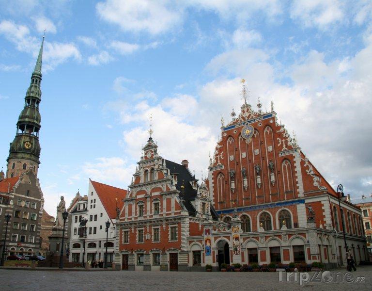 Fotka, Foto Dům Černohlavců na náměstí v Rize (Lotyšsko)