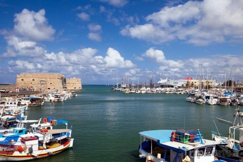 Fotka, Foto Heraklion - pohled na přístav (Heraklion, Řecko)