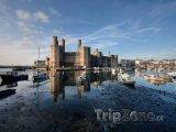 Hrad Caernarfon v severním Walesu