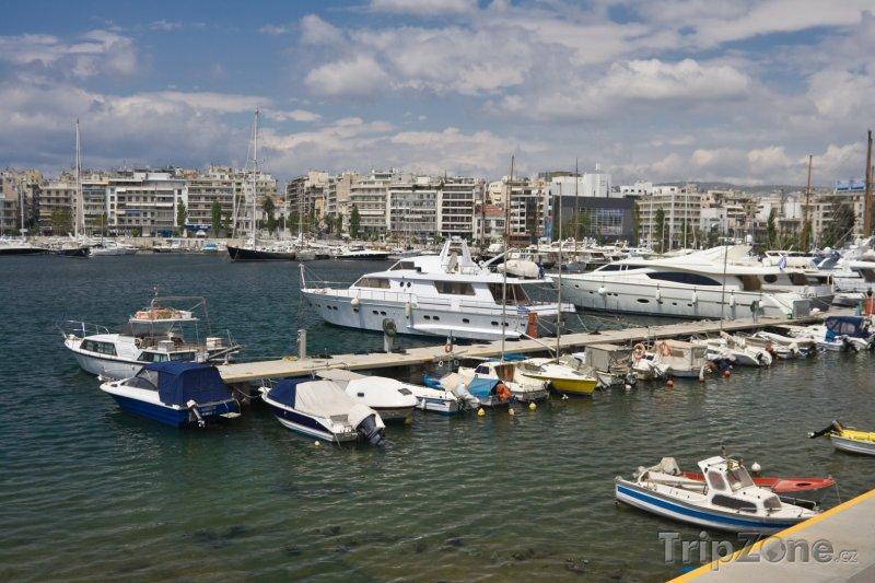 Fotka, Foto Jachty v přístavu Pireus (Attika, Řecko)