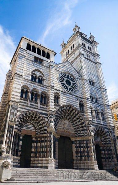 Fotka, Foto Janov, katedrála San Lorenzo (Itálie)
