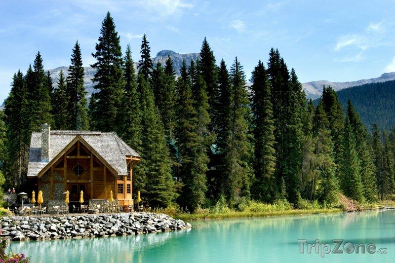 Fotka, Foto Jezero Emerald - Nárdoní park Yoho (Kanada)