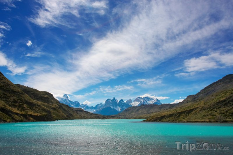 Fotka, Foto Jezero v Národním parku Torres del Paine v Patagonii (Chile)