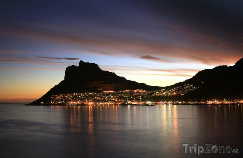Fotka, Foto Kapské město za soumraku (Jihoafrická republika)