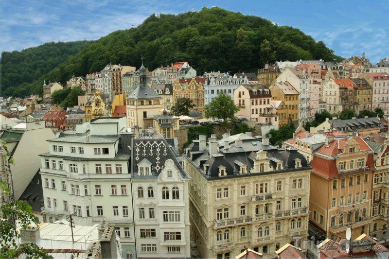 Fotka, Foto Karlovy Vary, domy v centru (Česká republika)