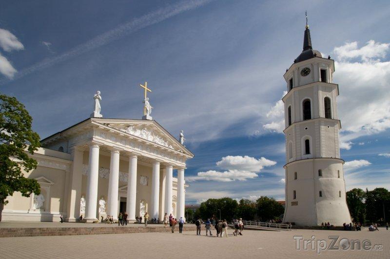 Fotka, Foto Katedrální náměstí ve Vilniusu (Litva)