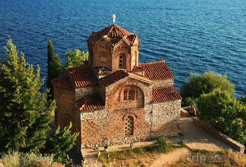 Fotka, Foto Kostel svatého Jovana u města Ohrid (Makedonie)