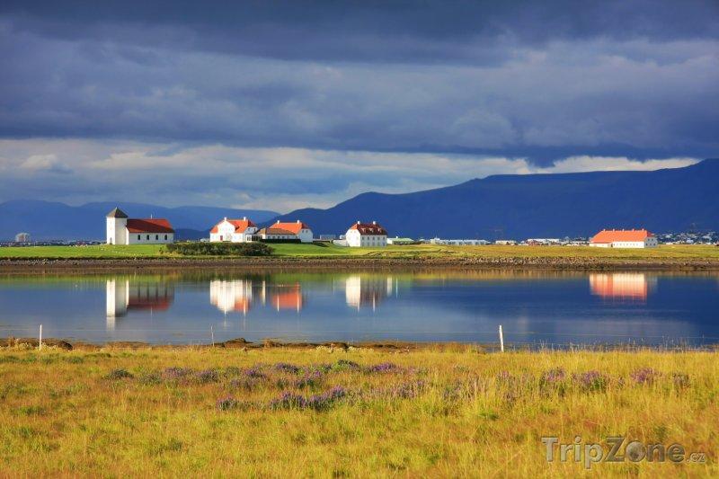 Fotka, Foto Krajina v létě před bouřkou (Island)